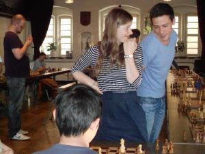 Simultanturnier mit WGM Melanie Lubbe und IM Nikolas Lubbe